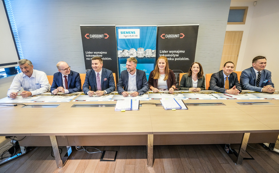 Industrial Division kupuje kolejne 5 lokomotyw Vectron od Siemens Mobility