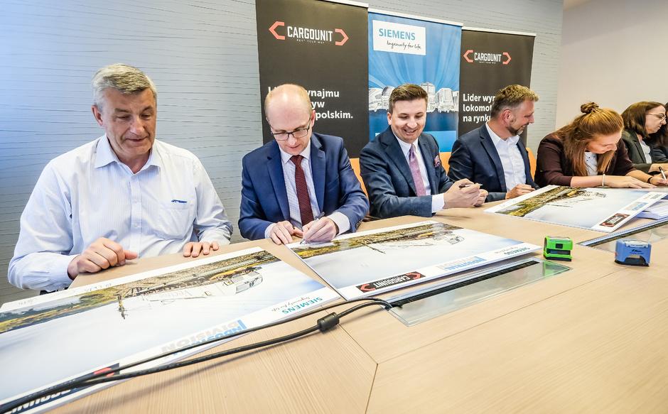 Industrial Division kupuje kolejnych 5 lokomotyw Vectron od Siemens Mobility