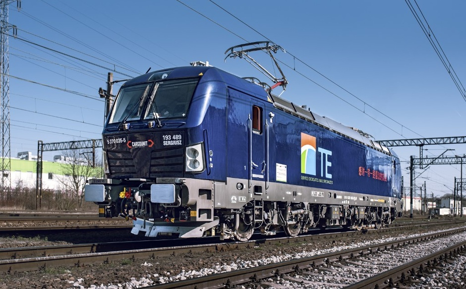Delivery of 3 new multisystem Siemens Vectron