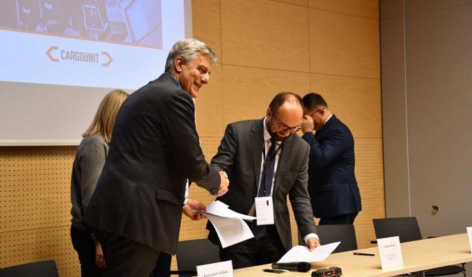 Siemens Mobility i CARGOUNIT podpisują największy kontrakt na lokomotywy wielosystemowe w Polsce